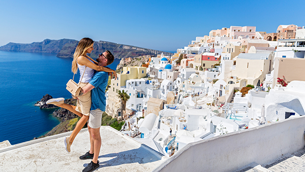 santorini-couple